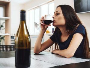Лечение алкоголизма при помощи наркологов