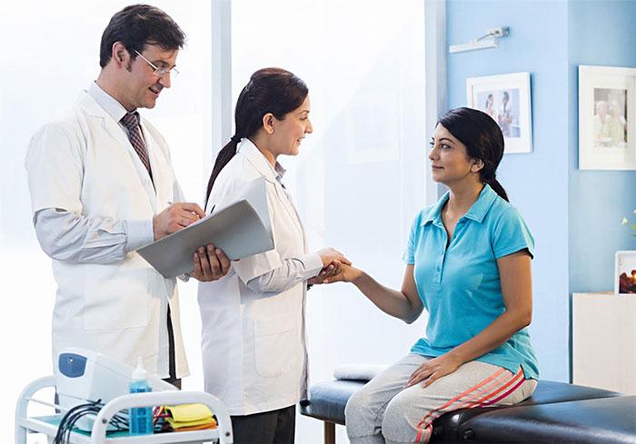 Как искать работу в области медицины различному медицинскому персоналу?